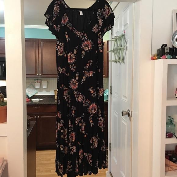 Plus size Old Navy Black/Floral Maxi Dress